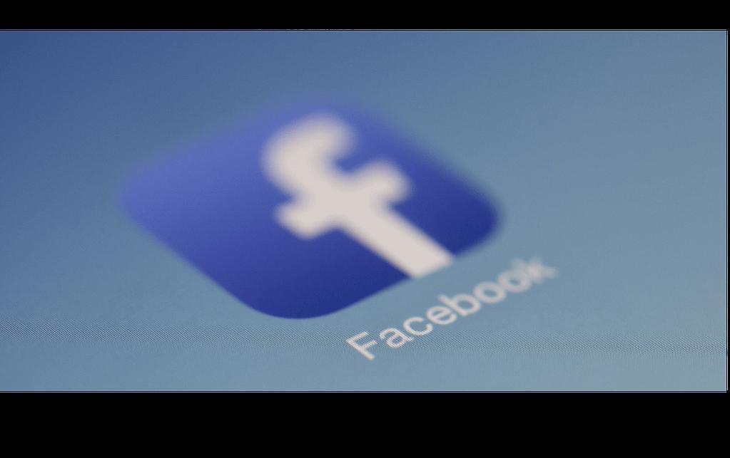 Facebook React Native App